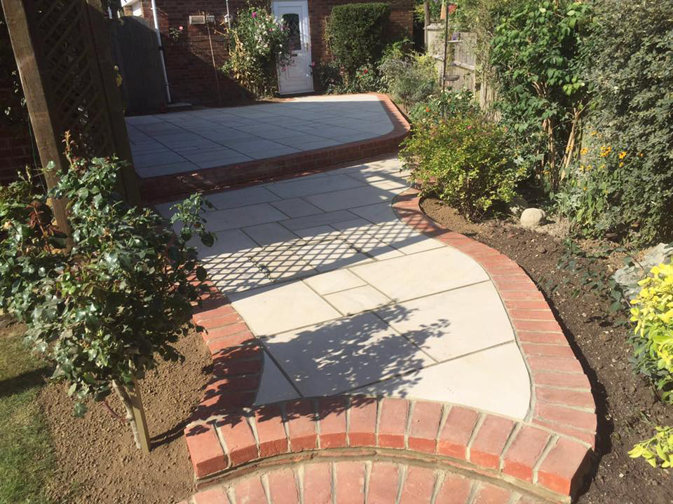 Wivelsfield Green Patio in Elite Polished Sandstone