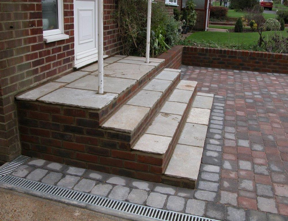 Country Cobble Driveway Installation with front steps construction- Burgess Hill, West Sussex